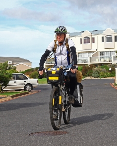 Eelco Meyjes successfully arrives from Joburg at his daughters flat in Cape Town after the ALL OR BUST RFCG fundraising cycle ride